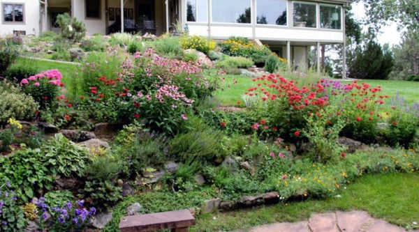 2013-8-7-Sunken-garden-and-rock-garden-view_Larry-Griffin